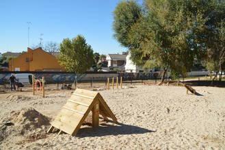 Azuqueca habilita un nuevo parque canino junto a la Plaza de la Barca