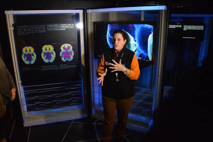 La Obra Social 'la Caixa' instala en Azuqueca la exposición 'Hablemos de drogas'