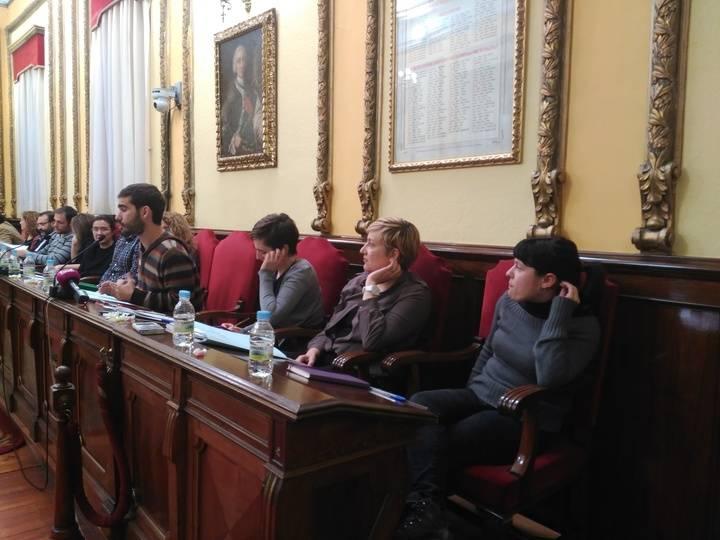 El Ayuntamiento de Guadalajara solicitará al Ministerio de Fomento la creación de una línea de transporte público por la R-2