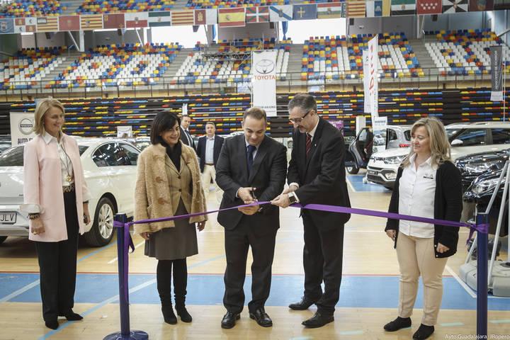 Jaime Carnicero inaugura la novena edición del Salón del Automóvil de Guadalajara
