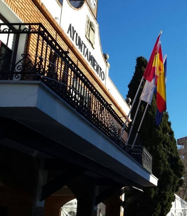 """El PP azudense 'atiza' a Blanco y Bellido por el """"bochornoso espectáculo"""" del tránsfuga"""