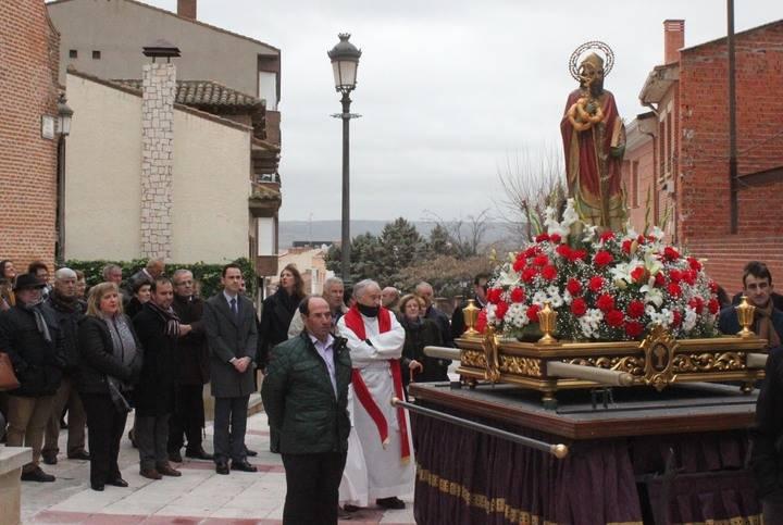San Blas regresó a su cita anual con Cabanillas, en una mañana desapacible
