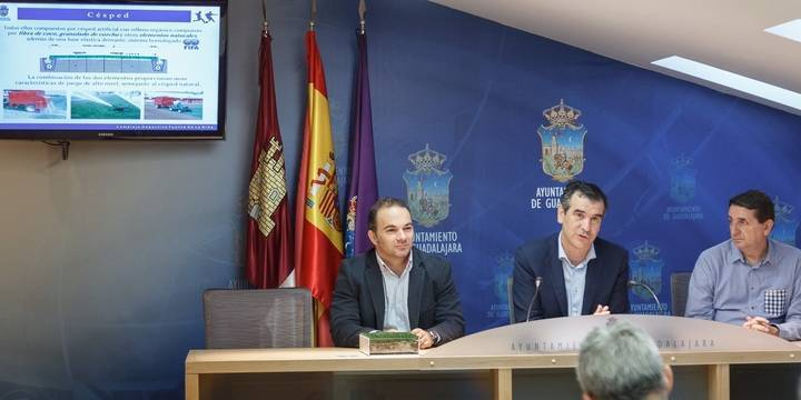 """""""La propuesta del PSOE conlleva la eliminación de uno de los tres campos de fútbol"""""""