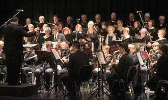 Soberbio Concierto de San Blas, con la Banda y la Coral de Azuqueca, y el Coro Infantil de Cabanillas