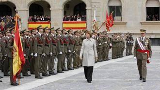 La ministra Cospedal preside los actos de la patrona de Infantería en la Academia de Toledo