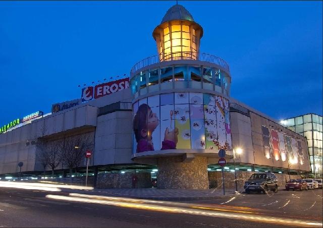 Se Vende Centro Comercial De 24 723 Metros Cuadrados