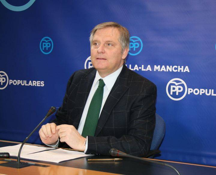 """Cañizares asegura que """"el colapso sanitario de tres días en las urgencias se debe a la intolerable y nefasta gestión de Page"""""""