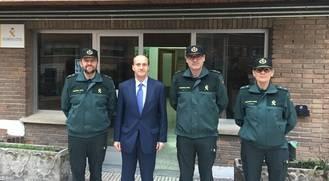 Sánchez-Seco pone en valor el trabajo de la Guardia Civil durante su visita a la Comandancia de Guadalajara