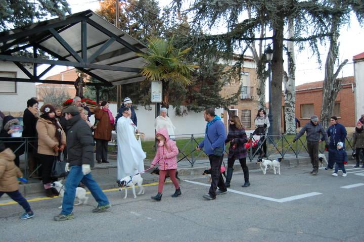 Yunquera de Henares honra a San Antón en su festividad