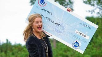 Una joven de 17 años ganó el Euromillones y ahora quiere denunciar a Loterías por
