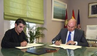La Diputación continúa apoyando el trabajo de los artesanos de la provincia