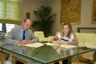 Acuerdo entre la Diputación y la Asociación de Esclerosis Múltiple para ayudar a los enfermos de Guadalajara