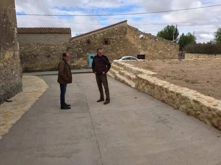 230.000 euros para obras de pavimentación y redes en ocho pueblos desde la Diputación de Guadalajara