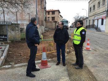 La Diputación mejora las redes y pavimentación de varias calles en Alcolea del Pinar
