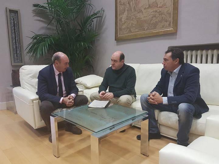 La Diputación amplía la colaboración con ACCEM para ayudar a los refugiados acogidos en Guadalajara en la búsqueda de empleo