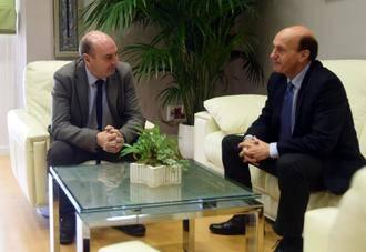 Reunión entre el presidente de la Diputación y el subdelegado del Gobierno en Guadalajara