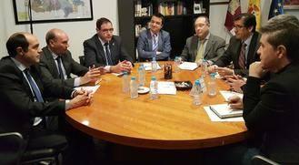 Latre resalta la importante inversión económica que va a destinar la Diputación en arreglo de caminos rurales