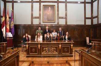 Alumnas de la EFA de Humanes visitan el Palacio Provincial
