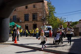 """Greenpeace llena las calles de Gárgoles de Abajo de """"zombis nucleares"""" en la víspera de Halloween"""