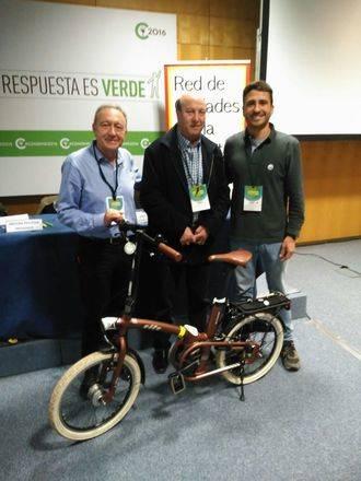 Juan Antonio Ruiz, edil aloverano, participa en la Asamblea General de Ciudades por la Bicicleta