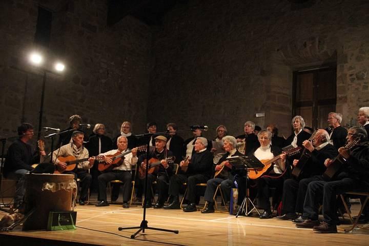Villancicos de toda Guadalajara dan la bienvenida a la Navidad en Sigüenza