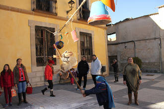 El Carnaval de Pareja recuerda las tradiciones de la villa