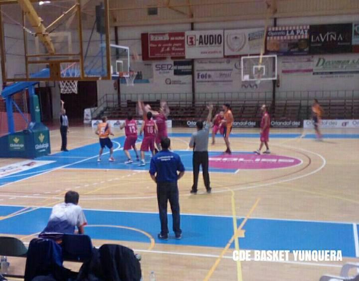 El Juper Basket Yunquera vence y convence y aumenta la distancia con su inminente perseguidor al liderato