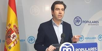 Robisco exige a Page que explique qué pasa en el Hospital de Guadalajara con la gripe A y denuncia que faltan vacunas