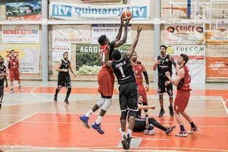 Isover Basket Azuqueca cierra una irregular primera vuelta en casa