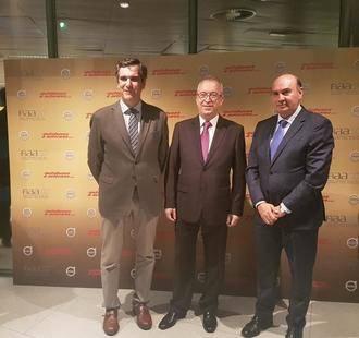 Latre felicita a la empresa Ramos Bus tras la entrega de un reconocimiento a nivel nacional