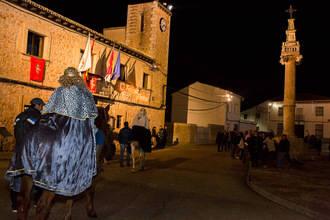 Los Reyes Magos llegaron a caballo y acompañados de personajes de película a Fuentenovilla