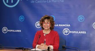 """Riolobos denuncia la """"angustia"""" de los pacientes de la sanidad pública por la """"dejadez y la soberbia"""" de Page"""