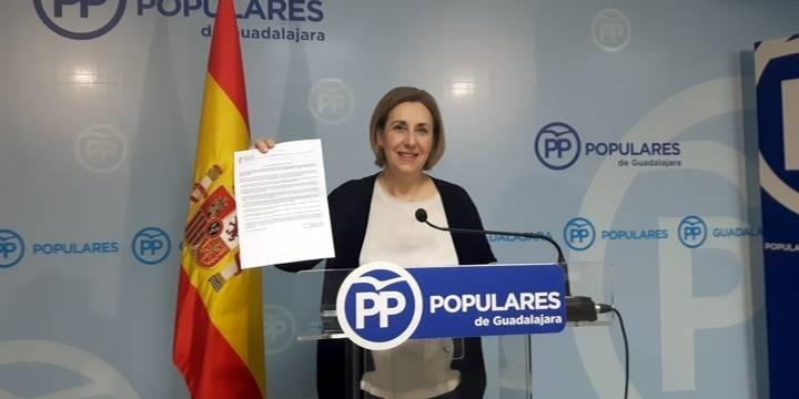 """Silvia Valmaña: """"Page está desmantelando los servicios sociales en Castilla-La Mancha y engañando a la gente"""""""
