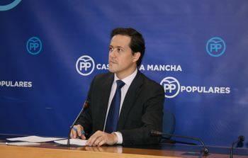 """Velázquez denuncia """"la burla descarada de Page"""" al anunciar de nuevo la concesión de la licencia de obra del hospital de Toledo"""