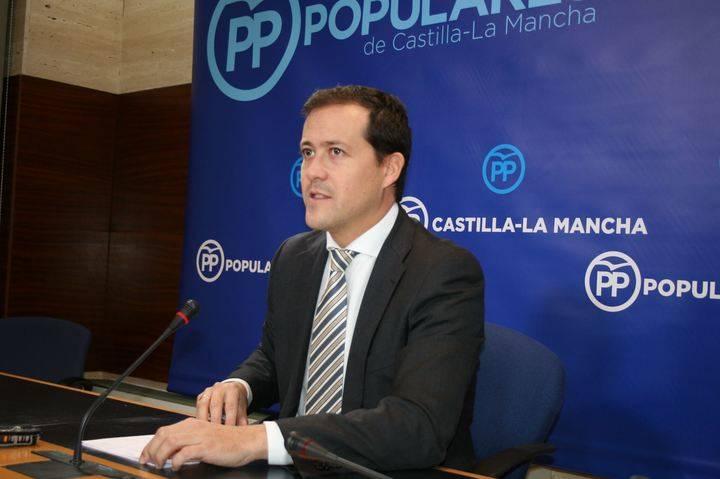 """Velázquez denuncia """"los graves recortes de Page en Sanidad, Bienestar Social y Dependencia"""""""