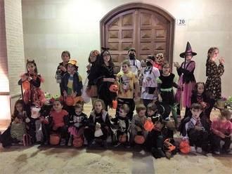 """Los alumnos del CP """"Virgen de la Soledad"""" de Yebra disfrutaron de una entretenida fiesta de Halloween"""