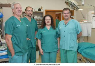 Cardiólogos del Hospital de Guadalajara implantan un nuevo marcapasos sin cables que se coloca directamente en el corazón