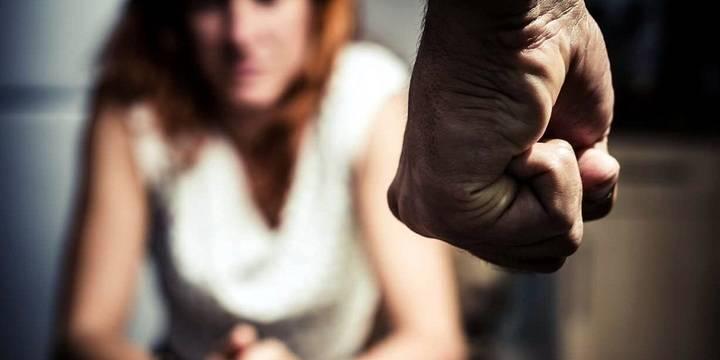 Un joven de 23 años detenido en Taracena por violencia de género contra una menor de edad