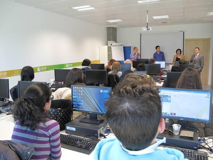 15 jóvenes desempleados de la capital se forman en el Curso de Técnico de Administración y Finanzas
