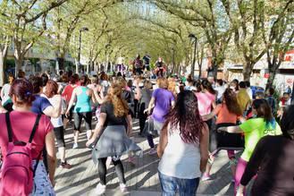 Las actividades de 'Primavera en Las Acacias' volvieron a reunir a un numeroso público azudense