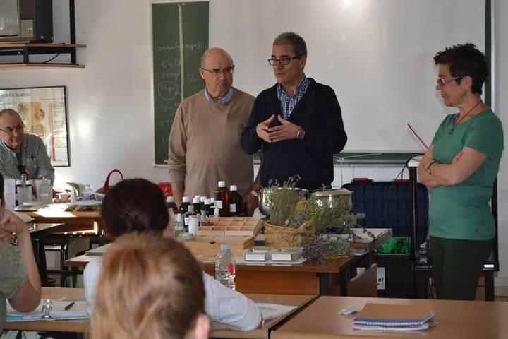 El Centro de Investigación Agroambiental de Marchamalo forma a 20 personas en el uso terapéutico de plantas aromáticas