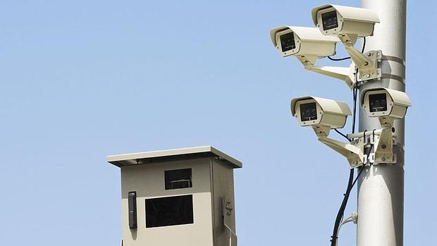 IU-Ahora Cabanillas muestra su desacuerdo ante la intención del alcade de instalar cámaras de seguridad en los accesos al municipio