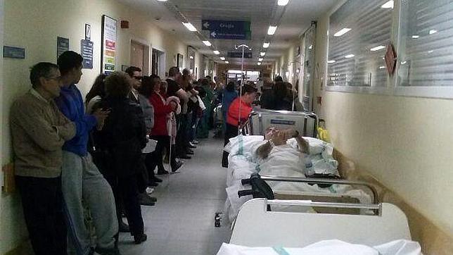 Sigue el caos sanitario de Page en Castilla La Mancha : Denuncian que se están forzando altas sanitarias en el Hospital de Toledo por falta de camas