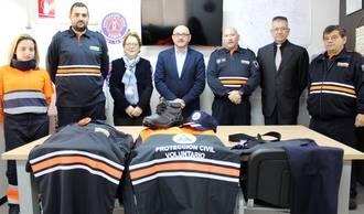 Entregan 84 nuevos uniformes al personal voluntario de seis agrupaciones de Protección Civil de Guadalajara
