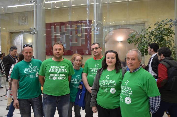 Las reclamaciones de la agricultura ecológica llegaron hasta la Feria Apícola