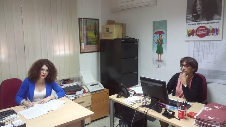 """IU-Ahora Azuqueca acusa al alcalde Blanco de """"ningunear"""" a los trabajadores del Ayuntamiento"""