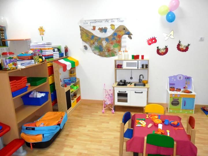 Hasta el 30 de abril está abierto el plazo de reserva de plazas para la Escuela Infantil de Valdeluz