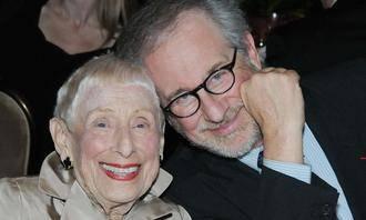 Fallece Leah Adler, madre de Steven Spielberg, a los 97 años