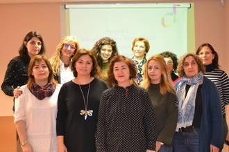 Profesionales de Centros de la Mujer de Guadalajara se forman para fomentar el empleo y el emprendimiento de las mujeres