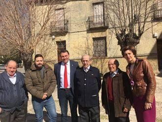 El diputado de Bienestar Social acompaña a los mayores de Brihuega en el día de su patrón